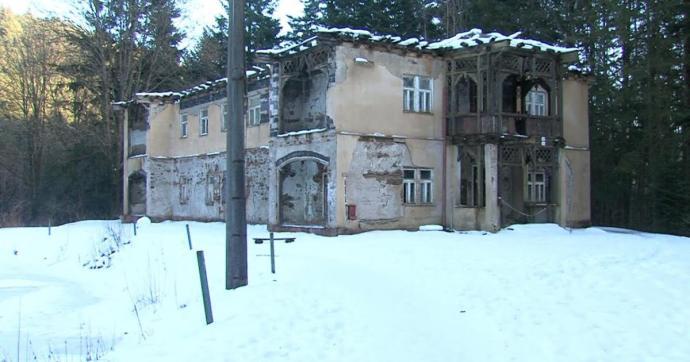 Újjáéledhet a monarchiabeli Thurzófüred – megyei tulajdonban afürdőkomplexum