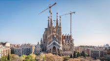 Eurómilliókat fizettetnek ki a Sagrada Familia-bazilikával, mert 130 éve építési engedély nélkül készül