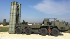 Az orosz S-400 rakétarendszer egyes részei már megérkeztek Törökországba