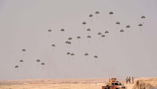 Tavaly néhány telefonon múlt, hogy a világ elkerült egy újabb Öböl-háborút