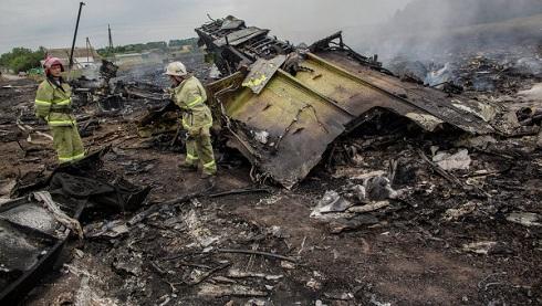 A lelövés előtt két ukrán vadászgép közelítette meg a maláj Boeing-et