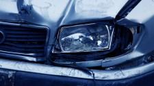 Személyautók és kamion ütközött az M5-ösön