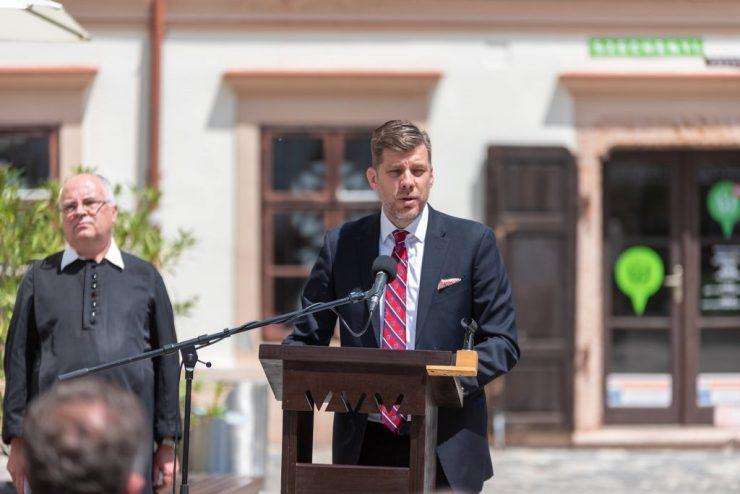 Szilágyi Péter: Magyarország képes a határon túl élő magyarok támogatására