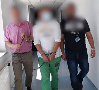 Ügyészségi indítvány a Deák téri kettős emberölés gyanúsítottja és társa letartóztatásának meghosszabbítására