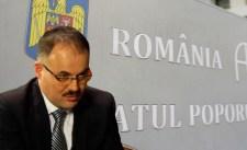 Hoppá: nem szavaznak egyelõre Fábián Gyula ombudsmani kinevezésérõl
