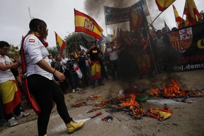 Barcelona: Tömegoszlatás a nemzeti ünnepen