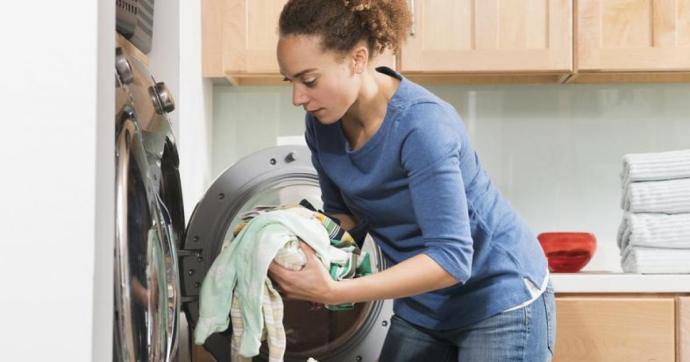 Hány fokon kell mosni és mosogatni, hogy elpusztítsuk a koronavírust? Mutatjuk