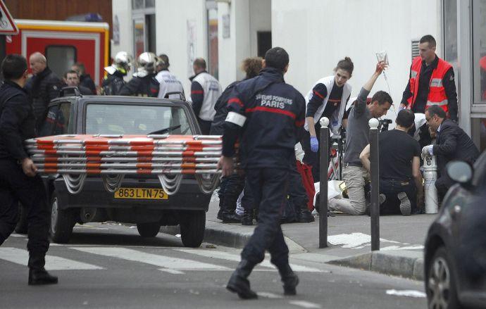 Párizsi vérengzés – Négy híres karikaturista a halottak között