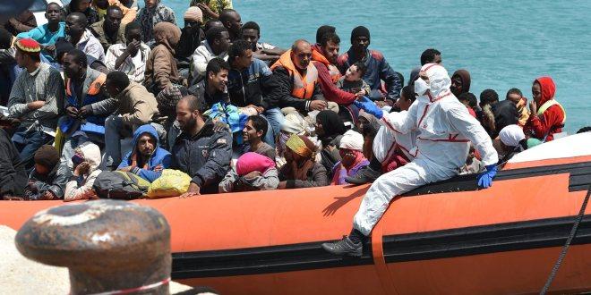 A valóság talaján állók és a valóságtól elrugaszkodók küzdelme zajlik Európában