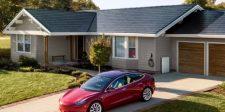 Új napelemes tetőcserepet mutatott be a Tesla