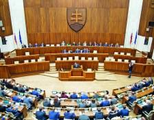 Környezetvédelmi intézkedésekről tárgyal a parlament