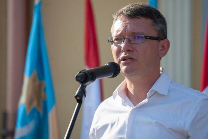 """Büntető feljelentéssel válaszol az EMNP a román kormány """"migránsbefogadó"""" politikájára"""