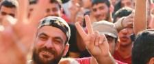 Visszavonták a rendőröket, a migránsok benyomultak a Keletibe