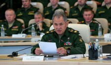 Sojgu aggasztónak tartja az ukrán határon kialakuló helyzetet