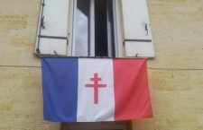 """A """"szabad francia"""" zászlót kitette az ablakba? Azonnal vegye le!"""
