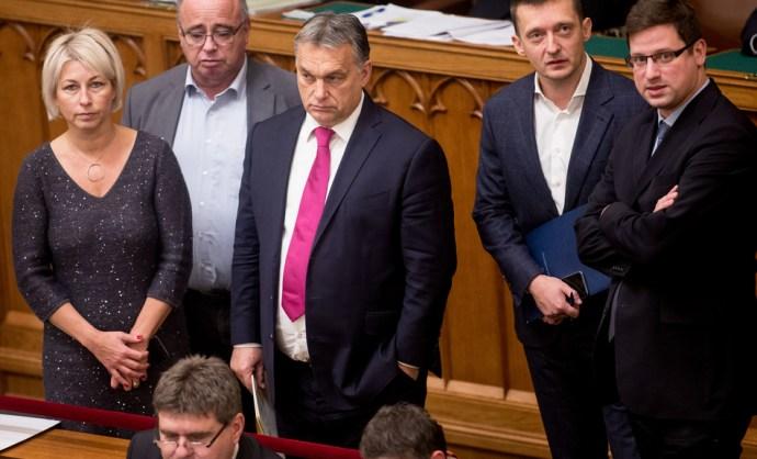 Nem állhat le a fejvakargatással a Fidesz, itt az újabb saller