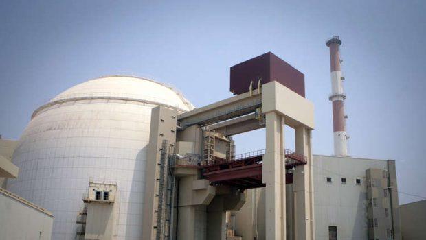 Állítólag Irán hat hónapon belül képes lesz atombombát előállítani