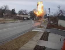 Videó készült arról, ahogy felrobban egy családi ház