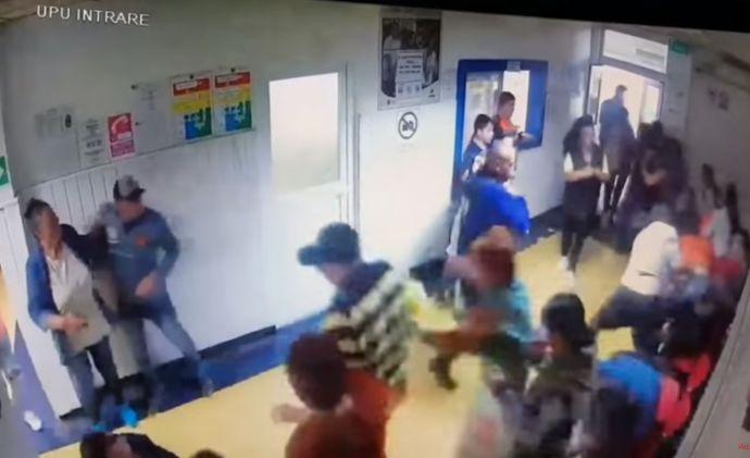 VIDEÓ: Tömegverekedés tört ki egy román kórházban