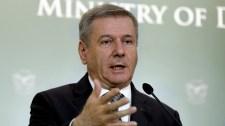 Nem vett részt az ellenzék a honvédelmi miniszter által kezdeményezett hétpárti egyeztetésen