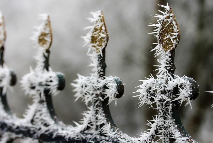 Havazás és csontig hatoló hideg várható kedden