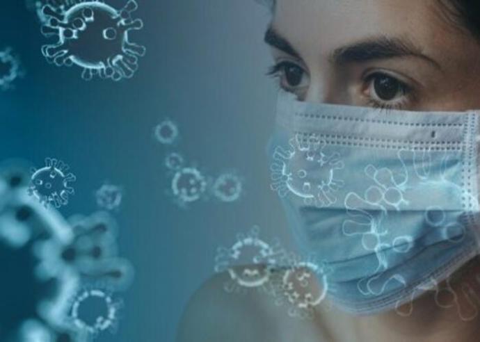 Szerbiában valamelyest csökkent a napi új koronavírus esetek száma