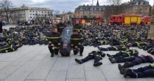 A francia tűzoltóknak elegük van az arab-néger no-go zónákban őket érő támadásokból