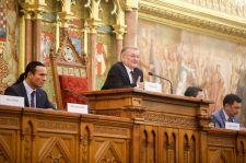 Az Országházban nyílt meg a Kurultáj – Erdogan is üdvözletét küldte