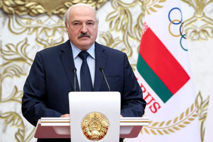 Lukasenka: Európa alábecsüli a harmadik világháború lehetőségét
