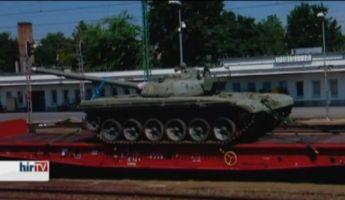 Az orosz katonai attasé is megbizonyosodhatott