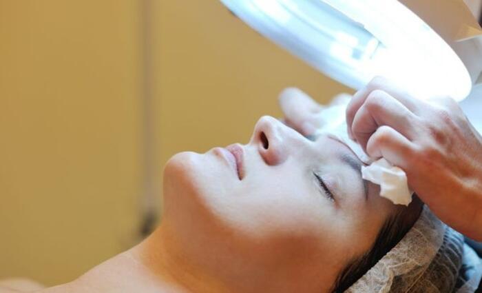 8 bőrápolási hiba, amely öregít