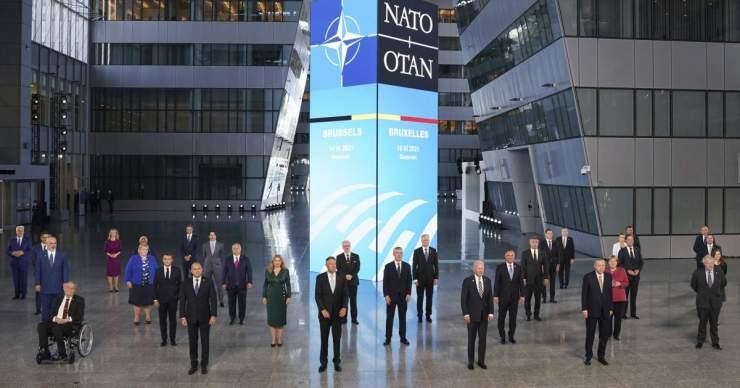 Kína visszautasítja a NATO csúcsszinten tett bíráló kijelentéseit
