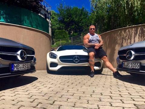 Bármekkora összeget kifizetett volna Molnár Ricsi a jogosítványért – piti bűnözők verték át