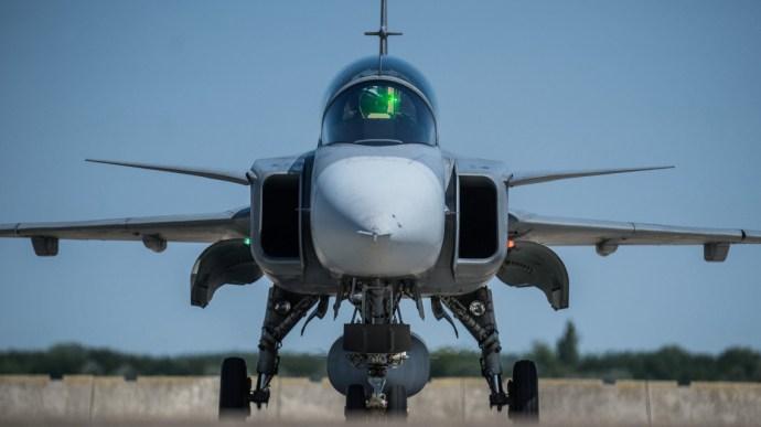 Elbúcsúzhatnak a Gripen vadászgépek