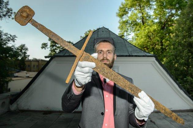 Mocsárba fulladt lovagé lehetett a most megtalált 14. századi kard