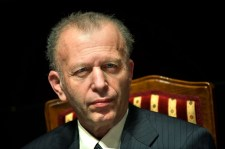 Lemondott a holokamu-emlékközpont vezetője – a kecskékkel való közösülés emlegetése nem bizonyult elégségesnek