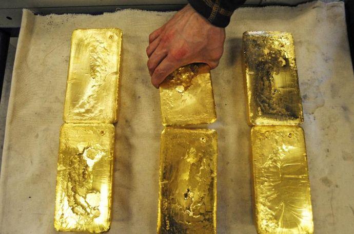 Négymillió forintnyi aranyrudat ástak el a strandon