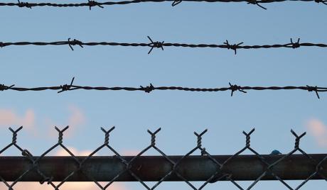 Afrikai bevándorlók áttörték a spanyol határt