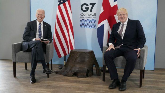 G7-es csúcs: Az Egyesült Államok félmilliárd, Nagy-Britannia 100 millió adag védőoltást adományoz