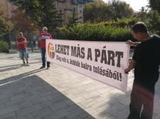 """A botrányok hatására felfüggesztették az együttműködési tárgyalásokat a """"XXI. századiak"""""""