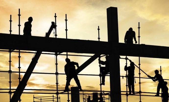 Elveszik a munkát? Ukrán, török és moldáv cégek jelentek meg a magyar építőiparban