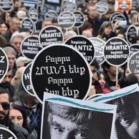 Kinek volt útjában az örmény Hrant Dink Törökországban?