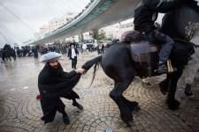 Izraeli rendőrök támadtak tüntető ortodox zsidókra Jeruzsálemben – a vallásos tiltakozók továbbra sem kívánnak katonáskodni