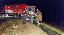 Baj van Köpecen: több száz helybelit evakuálnak a gátszakadás veszélye miatt