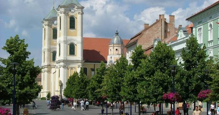 Hatszor annyi támogatást kapott Mészáros Lőrinc két hotele, mint Gyöngyös városa