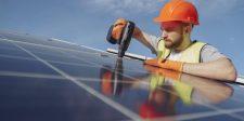 Árzuhanás előtt állanak a napelemek?