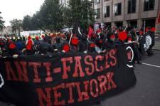 Magyarokat vernének a felheccelt angol antifasiszták