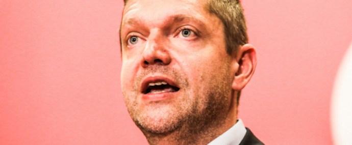 Az MSZP elnöke is a kommunista szennyest mossa