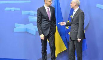 Tárgyalás Brüsszelben, elvi döntés a krími parlamentben