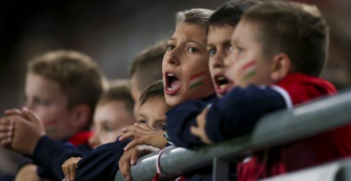 Tizenötezer gyerek szurkol a magyaroknak Azerbajdzsán ellen a Groupama Arénában